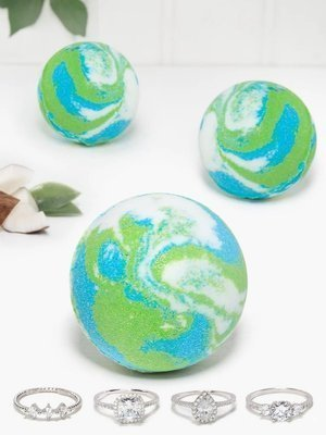 Charmed Aroma Coconut Melon jewel bath bomb with Silver Ring