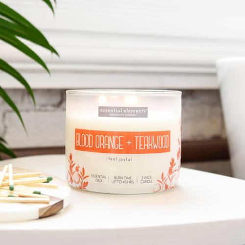 Candle-lite Essential Elements duża sojowa świeca zapachowa w szkle 418 g 14.75 oz z olejkami eterycznymi - Blood Orange & Teakwood