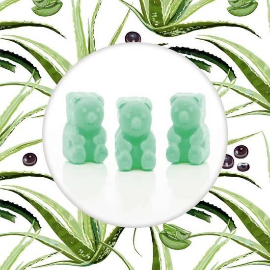 Ted & Friends sojowe woski zapachowe misie 50 g - Acai Palm & Aloe